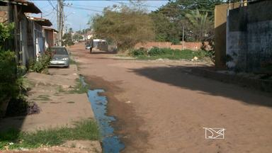 Ruas sem asfalto incomodam moradores do bairro São Bernardo, em São Luís - Ruas sem asfalto incomodam moradores do bairro São Bernardo, em São Luís