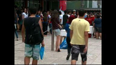 Estudantes fazem prova no Enem no Sul do ES - A redação deste ano foi sobre a violência contra a mulher.