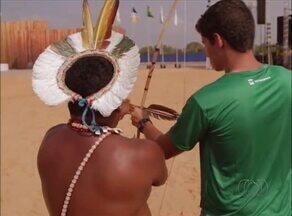 Campeão mundial de tiro com arco aprende costume da modalidade com etnia indígena - Campeão mundial de tiro com arco aprende costume da modalidade com etnia indígena