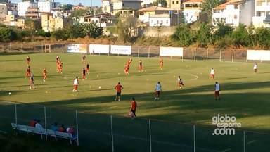 Equipe do Bahia faz treino técnico no Fazendão - O time Tricolor joga no sábado (31) contra o líder Botafogo, na casa do adversário.