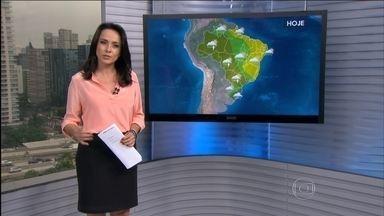 Confira a previsão do tempo para todo o país nesta quinta-feira (5) - O tempo fica chuvoso em toda a região Sul. Tem alerta para temporais com raios em todo o estado de São Paulo. Tempo deve ficar firme no norte do Rio de Janeiro, no centro-norte de Minas Gerais, Espírito Santo, Sertão Nordestino e vai até o Amapá.