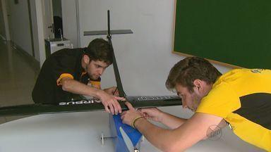 Equipe de São Carlos, SP, vence competição nacional de aerodesign - Alunos do curso de engenharia aeronáutica da USP entraram em disputa que envolve ciência e tecnologia.