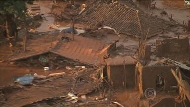 Barragens se rompem e deixam casas soterradas pela lama em Mariana (MG) - Depois do rompimento de uma barragem, a cidade mineira de Mariana já registra dezenas de mortos e uma verdadeira catástrofe na vida dos moradores da região.