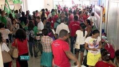 Movimentos sociais ocupam a Secretaria de Educação no ES - Mais de 300 militantes pediram melhores condições de ensino no campo.Eles pretendem ficar até que sejam atendidos pela secretaria de educação.