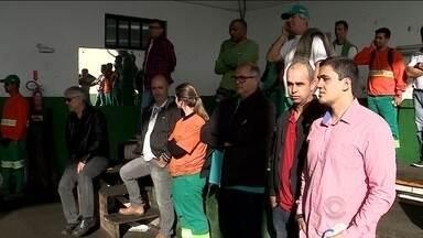 Servidores da Comcap suspendem paralisação na capital - Servidores da Comcap suspendem paralisação na capital