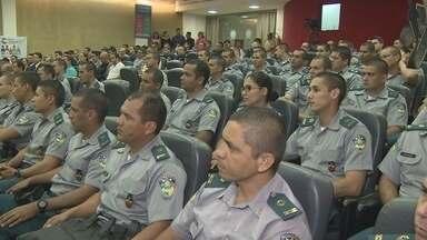 Segurança Pública Nacional é discutida em fórum - Representantes das polícias e de órgãos públicos do país estão discutindo propostas par ao Ciclo Completo de Polícia.