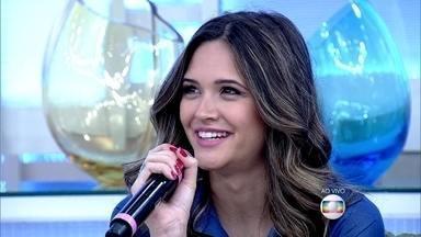 Convidados comentam sobre dieta - Juliana Paiva entrega: 'Não começo dieta na segunda, porque já é um dia chato'