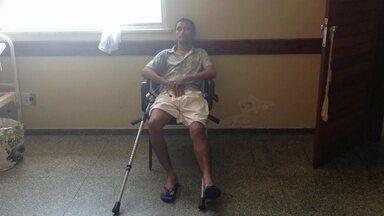 Pacientes de hospital do AP sofrem com calor, macas enferrujadas e falta de materiais - Calor, macas enferrujadas, e falta de mais de 150 tipos de materiais e medicamentos. É complicada a situação do maior hospital público do Amapá.