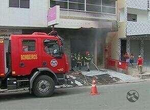 Três incêndios são registrados no fim de semana - Dois aconteceram no Agreste e um no Sertão, de acordo com o Corpo de Bombeiros.