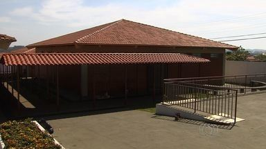 CMEI é inaugurado, mas não está em funcionamento em Goiânia - O Centro Municipal de Educação Infantil (CMEI) do Residencial Licardino Ney está pronto, mas população denuncia que não está funcionando.