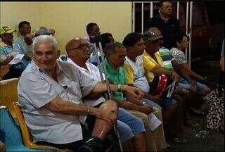 Médicos alertam para a importância da campanha Novembro Azul - Homens ainda inventam muitas desculpas para evitar o exame, dizem médicos.