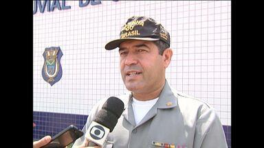 Barco com 39 pessoas a bordo vira no Rio Tapajós próximo a Belterra - De acordo a Capitania dos Portos, não houve feridos. Acidente ocorreu na madrugada desta terça-feira, segundo Marinha.