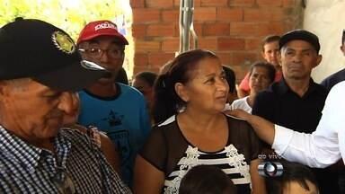 Moradores de bairros da região oeste da capital participam do Repórter JA - Quadro do Jornal Anhanguera discutiu os principais problemas dos Bairros Dela Penna e Rio Branco, na capital.