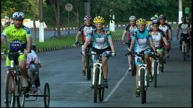 Avenida de Foz se transforma em pista exclusiva para o ciclismo. - Espaço é reservado para as pedaladas nos fins de tarde de terça e quinta feira.