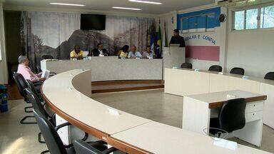 Câmara de Cariacica,ES, economiza R$ 1 milhão do orçamento de 2015 - O dinheiro será devolvido a prefeitura, para ser usado na saúde e na educação.