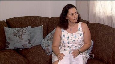 Mulher se livra de dor no Nervo Ciático - Pressão nas pernas, dor nas costas, são sintomas comuns para quem tem problemas no Nervo Ciático. Conheça a história de duas mulheres que conseguiram se livrar dar dores.
