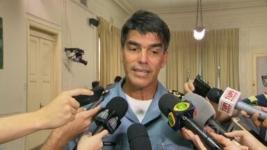 Coronel da cúpula da PM defende a regulação da droga - Chefe do Estado Maior, Robson Silva, disse que a proibição das drogas deve ser revista.