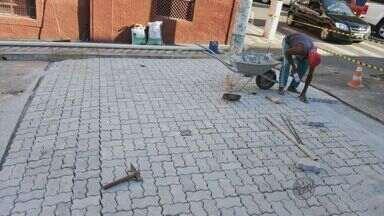 Prefeitura começa construção de faixas elevadas em Pouso Alegre (MG) - Prefeitura começa construção de faixas elevadas em Pouso Alegre (MG)