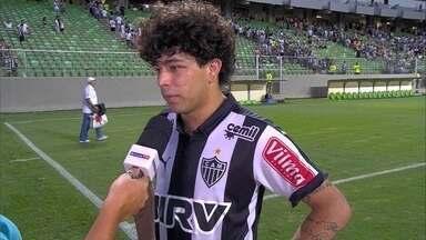Luan fala sobre o empate em 2 a 2 com o Goiás - Atacante questiona derrota para o São Paulo no meio de semana