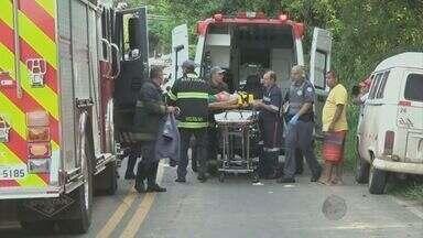Acidente mata dois e deixa três feridos em Piracicaba - Mãe e filho morreram no acidente, que aconteceu na estrada que vai para o distrito de Anhumas.