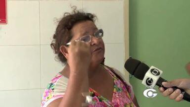 Falta de vacinação em postos de saúde prejudica pacientes em Maceió - Mulher que precisou tomar a vacina antirrábica percorreu dois dos principais postos de saúde e não encontrou.