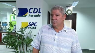 CDL registra recuperação de 30% no crédito em Resende, RJ - Levantamento, feito em setembro, vai na contramão do país, em que uma pesquisa do Serviço de Proteção ao Crédito mostra que 40% dos consumidores estão endividados.