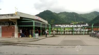 Estaleiro Brasfels demite 500 funcionários em Angra dos Reis, RJ - De acordo com o Sindicato dos Metalúrgicos da cidade, a empresa ainda pretende demitir mais 1,5 mil até a próxima semana.