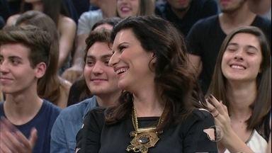 Laura Pausini e Fábio Jr. dublam cena de novela - Cantores se divertem com dublagem no 'Altas Horas'