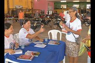 Agentes de saúde fizeram teste rápido de HIV em Redenção - Este ano foi registrado uma média de cinco casos de Aids por mês no município.
