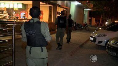 Bandidos realizam arrastão em lanchonete na Zona Sul de Teresina - Bandidos realizam arrastão em lanchonete na Zona Sul de Teresina