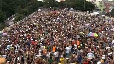 Carnaval: está proibido Isolar os foliões com cordas e blocos não podem mais ficar parados - Quatrocentos blocos devem participar do carnaval de rua da capital. E agora tem novas regras para os foliões irem pras ruas.
