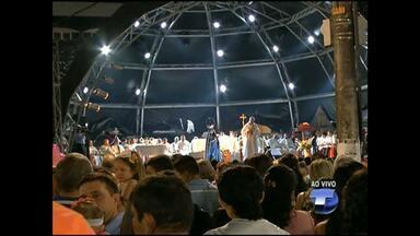 Fieis participam da missa de encerramento das Festividades de Nossa Senhora da Conceição - Antes da missa ocorreu a tradicional procissão de encerramento.