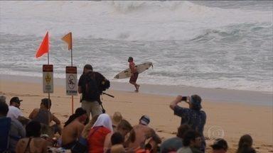 Começa a última etapa da Liga Mundial de Surfe - Primeiro dia de competição não teve brasileiros.