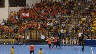 ACBF ganha vantagem sobre Assoeva para final da série Ouro do Futsal - Assista ao vídeo.