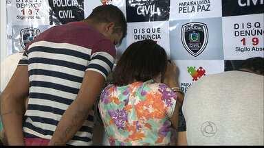 Quatro essoas presas após tentativa de assalto em João Pessoa - Os assaltantes foram detidos antes mesmo de realizar mais um assalto. Entre os presos está um ex-jogador do time do Botafogo da Paraíba.