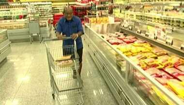 Aumento no índice nacional de preços pesa no bolso do consumidor no ES - A cada dia, o valor dos bens de consumo aumenta.