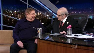 Programa do Jô - programa de sexta-feira, dia 11/12/15, na íntegra - O apresentador recebe famosos e anônimos em entrevistas e musicais nas noites da Globo.