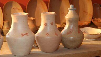 Artesãs de Minas Gerais fazem da venda de produtos de cerâmica o sustento de suas famílias - Conheça quem são essas mulheres e suas histórias