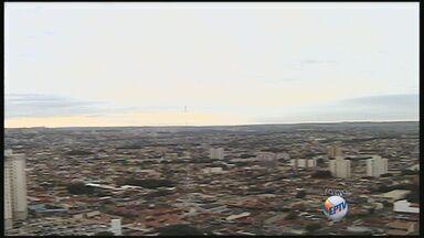 Segunda-feira pode ter pancadas de chuva em Ribeirão Preto, SP - A temperatura máxima pode chegar aos 31 graus.