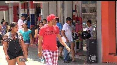 Lojas de Teresina abriram no fim de semana para impulsionar vendas de natal - Lojas de Teresina abriram no fim de semana para impulsionar vendas de natal