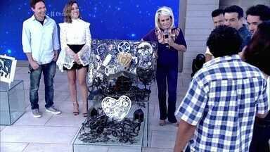 Berbela mostra seu presépio feito com material reciclado - Artista fez modelos da abertura da novela 'I Love Paraisópolis'
