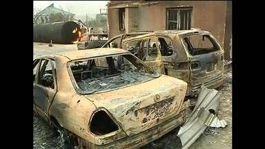 Mortos em usina de gás na Nigéria podem chegar a cem - Houve uma explosão quando um caminhão descarregava botijões para abastecer clientes antes da noite de Natal.