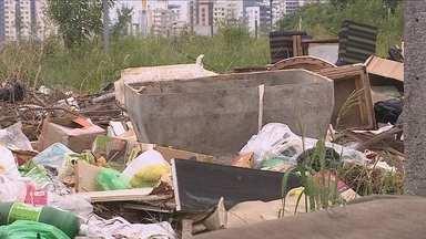 Prefeitura da capital vai multar donos de terrenos com lixo acumulado - Prefeitura da capital vai multar donos de terrenos com lixo acumulado