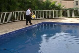 Veja os cuidados necessários com piscinas para não ser criadouro de mosquito - Piscinas podem ser ótimos lugares para reprodução do mosquito causador da dengue e outras doenças.
