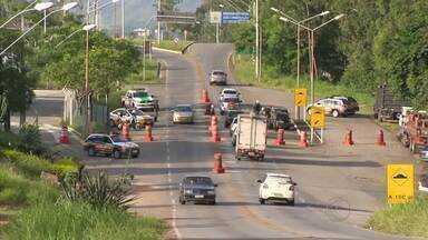 PMR e PRF registraram 33 acidentes durante o Natal na Zona da Mata - Balanço foi divulgado nesta segunda-feira (28); houve duas mortes.PMR informou que 1.605 veículos foram fiscalizados e 20 apreendidos.
