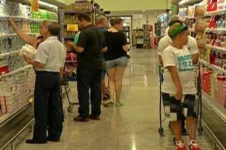 Moradores do Alto Tietê já se preparam para comprar alimentos para a ceia de ano novo - Alimentos estão mais caros do que o de costume.