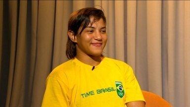 No estúdio com Galvão: Sarah Menezes diz que será mais forte com torcida a favor em 2016 - Brasileira sonha em ser bicampeã olímpica