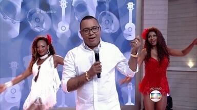 Dudu Nobre canta 'Falso Querer' - Sambista se apresenta no palco do Encontro