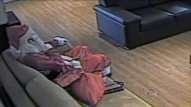 Polícia rastreia quadrilha de Papai Noel que roubou helicóptero - Vestido de Papai Noel, o suspeito roubou um helicóptero no dia 27 de novembro de 2015. O Fantástico teve acesso ao relatório completo da investigação.