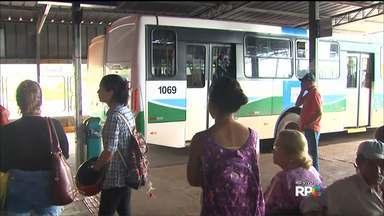 Trabalhadores do transporte público de Cascavel entram em greve - Paralisação foi acordada na quinta (7), quando tarifa subiu para R$ 3,30. Categoria pede reajuste salarial e aumento do valor do vale-alimentação.